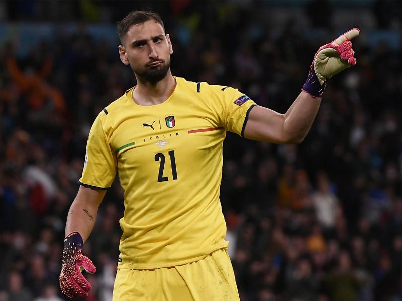 Gianluigi Donnarumma Italy goalkeeper joins PSG on free transfer