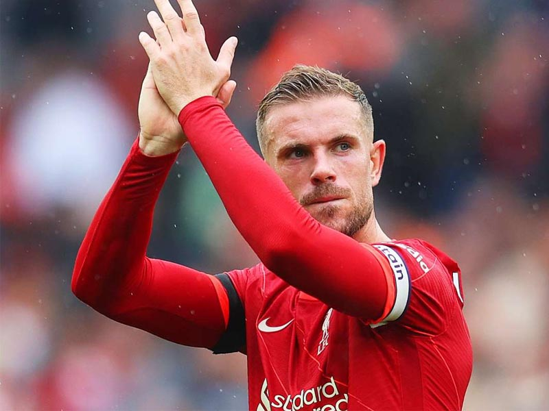 Jordan Henderson Liverpool captain signs new deal until 2025