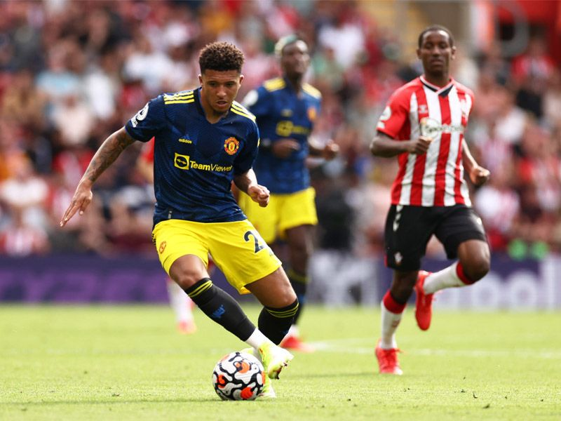 Manchester United failed to build on their opening day demolition of Leeds United as Southampton earned a fully-deserved draw at St Mary's