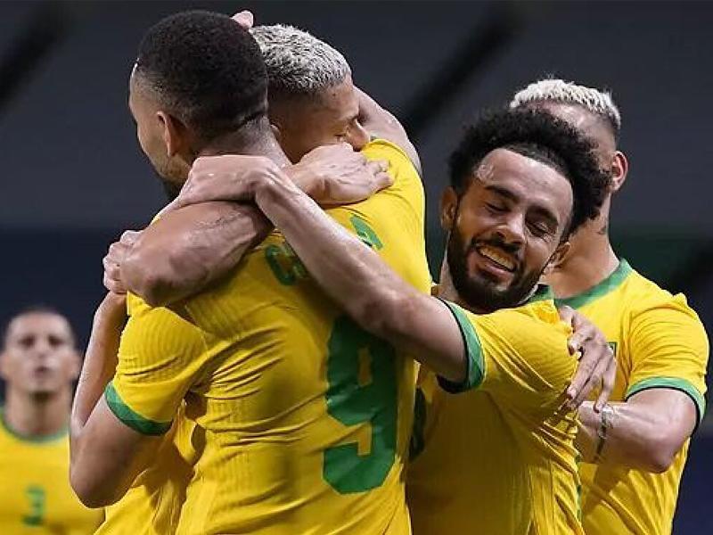Men's Olympic football Brazil win shootout to set up Spain football final