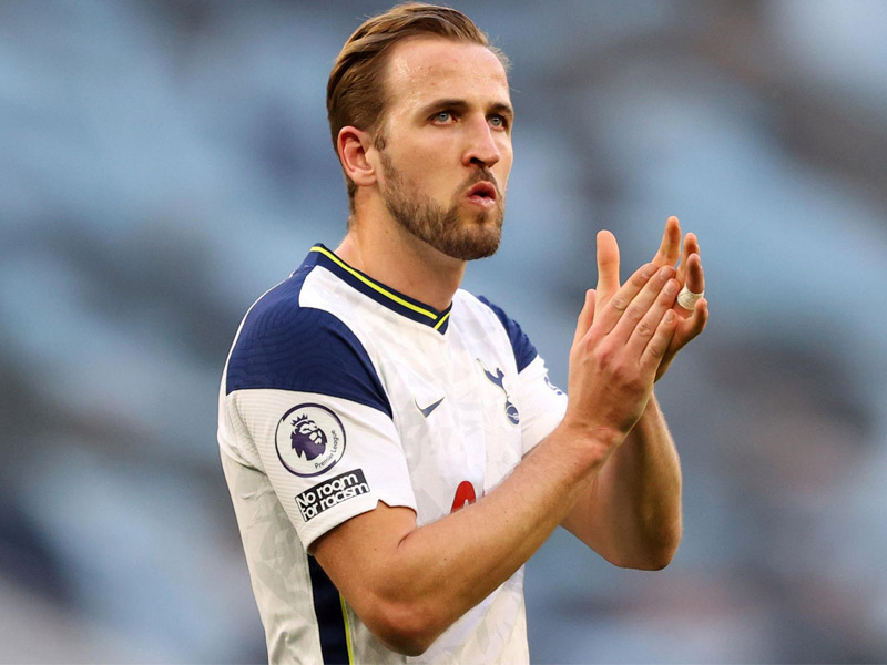 Tottenham striker Harry Kane was named on the bench for Sunday's match at Wolves
