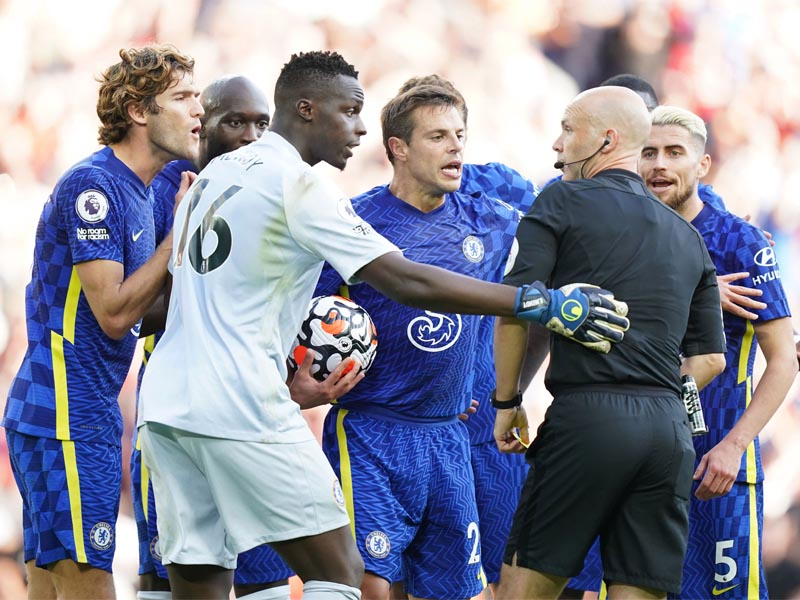 FA fine Chelsea £25,000 for players' reaction to Reece James' red card at Liverpool