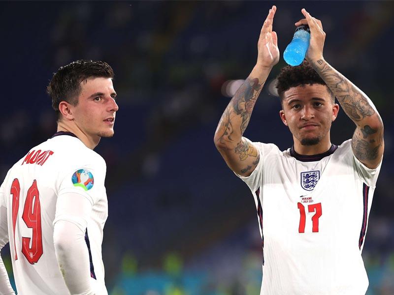 Jadon Sancho Man Utd winger out of England squad because of 'minor knock'